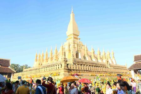 Dac sac Le ruoc thap Pha Sat Phong cua nhan dan Lao - Anh 15