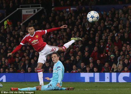 Cham diem tran Man United 0-0 PSV: Moi cau thu MU chi dang diem 6/10 - Anh 4