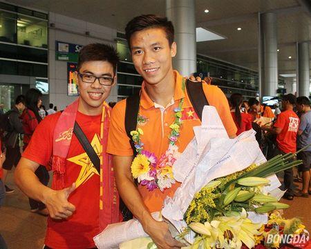 Nhung su vang mat dang tiec trong danh sach trieu tap cua U23 Viet Nam - Anh 2