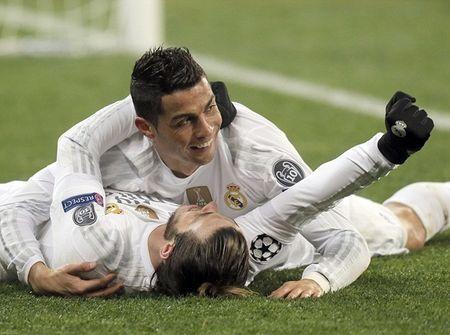 """Cristiano Ronaldo """"quay"""" tung bung mung ban thang - Anh 6"""