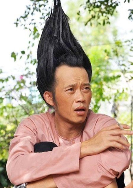 Nhung hinh anh ba dao nhat qua dat cua Hoai Linh - Anh 12