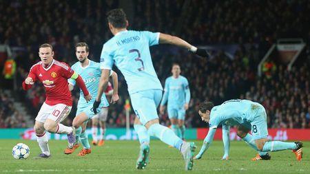 5 diem nhan tran M.U 0-0 PSV: Plan B cua Van Gaal; C2 vay goi - Anh 2