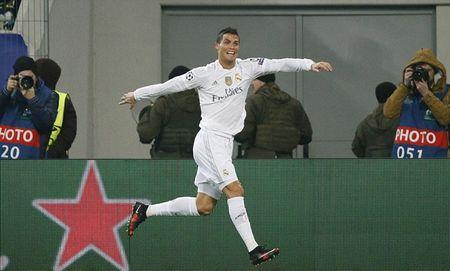 Quan diem chuyen gia: La mot! La duy nhat! La Ronaldo! - Anh 1