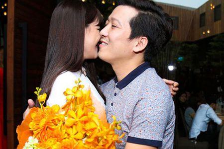 Truong Giang lai gay chu y voi status trach moc Nha Phuong? - Anh 1