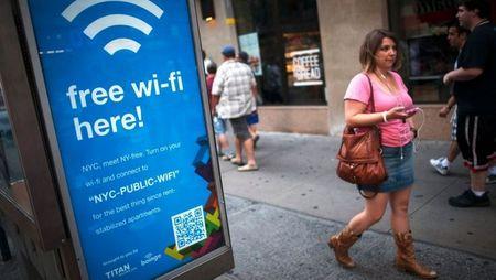 Cong nghe Li-Fi giup truyen tai du lieu nhanh hon Wi-Fi gap 100 lan - Anh 1
