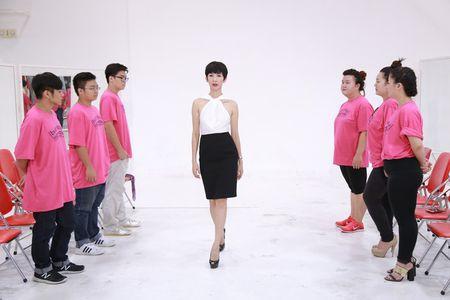 Buoc nhay ngan can 2015: Xuan Lan che 'hotgirl tram ky' kem duyen - Anh 9