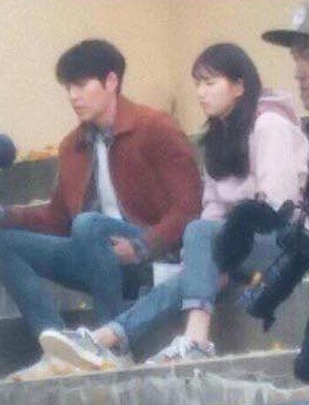 Kim Woo Bin goi dau len dui Suzy trong hau truong phim moi - Anh 2