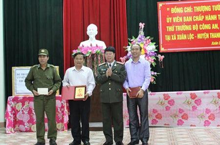 Thu truong Bui Van Nam lam viec tai Phu Tho - Anh 3