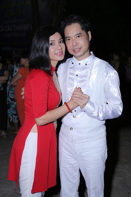 Viet Trinh hon Ngoc Son tham thiet trong sinh nhat som - Anh 3