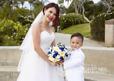 Thanh Thao khoe loat anh tinh cam ben con trai nuoi Jacky Minh Tri - Anh 1