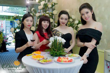 Nu doanh nhan, dai su thuong hieu my pham Vivant Joie do sac cung a hau Huyen My - Anh 1