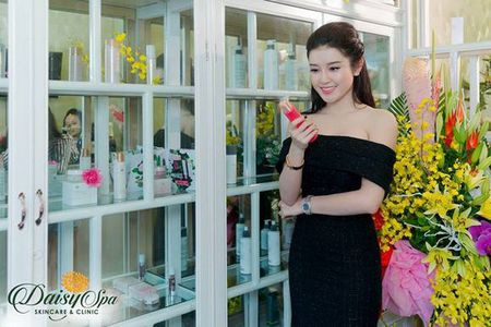 Nu doanh nhan, dai su thuong hieu my pham Vivant Joie do sac cung a hau Huyen My - Anh 3