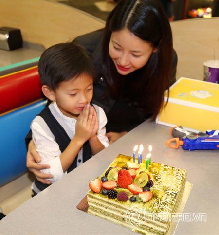 Ha Kieu Anh, Tra My Idol ron rang to chuc tiec sinh nhat cho con - Anh 3