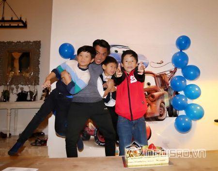 Ha Kieu Anh, Tra My Idol ron rang to chuc tiec sinh nhat cho con - Anh 7