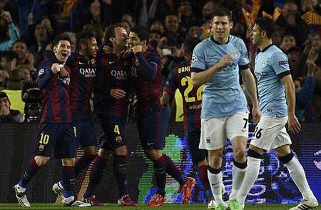 """Vien canh Man City: Cho Barca hoac Bayern """"xa thit"""" - Anh 2"""