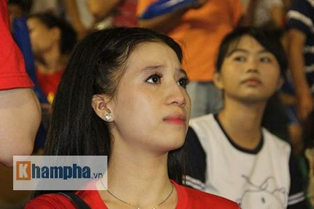 "Fan nu xinh thon thuc khi U21 HAGL""dau sung"" nghet tho - Anh 11"