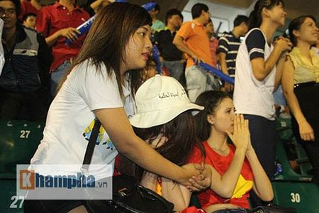 "Fan nu xinh thon thuc khi U21 HAGL""dau sung"" nghet tho - Anh 12"