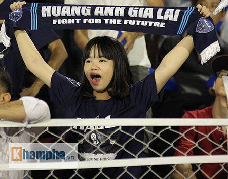 "Fan nu xinh thon thuc khi U21 HAGL""dau sung"" nghet tho - Anh 9"