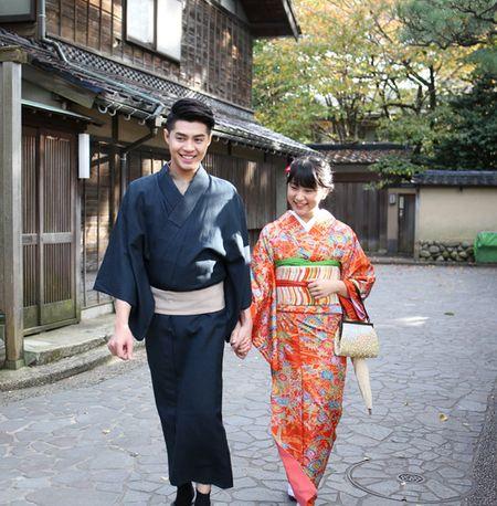 Co gai Nhat giup Noo Phuoc Thinh mac ao kimono - Anh 11
