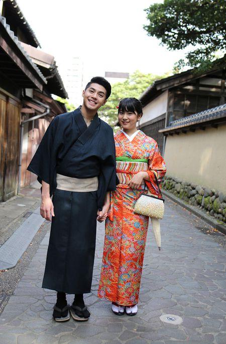 Co gai Nhat giup Noo Phuoc Thinh mac ao kimono - Anh 6