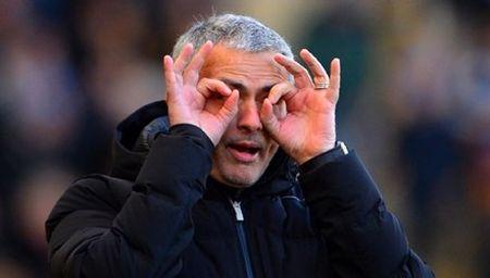 BAN TIN The thao: Mourinho tru um Arsenal va Wenger - Anh 1