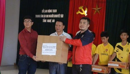 Xuyen Viet lam tu thien - Anh 1