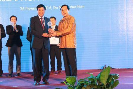 18 san pham nhan giai ASEAN ICT AWARDS 2015 - Anh 2