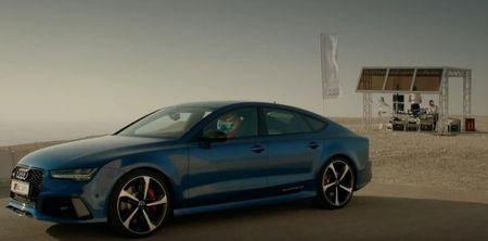 So tai toc do giua Audi RS7 va thang may cua toa nha cao nhat the gioi - Anh 1