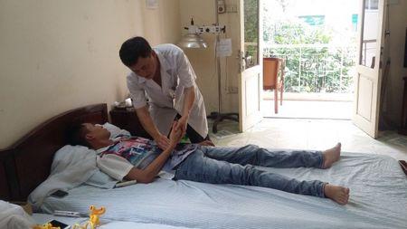 Cai nghien ma tuy: Thanh cong bang phuong phap cham cuu - Anh 1