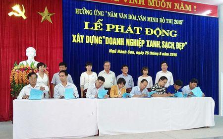 """PHONG TRAO """"DOANH NGHIEP XANH - SACH - DEP"""" TAI DA NANG: Nguoi lao dong lam viec """"suong"""" nhu o nha - Anh 1"""