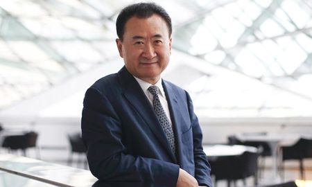 Ban le bung no, Wang Jianlin da giau lai cang giau - Anh 1