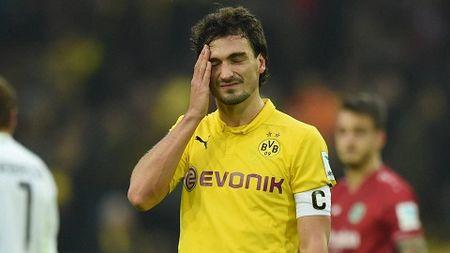 Arsenal va M.U rong cua so huu Mats Hummels - Anh 1