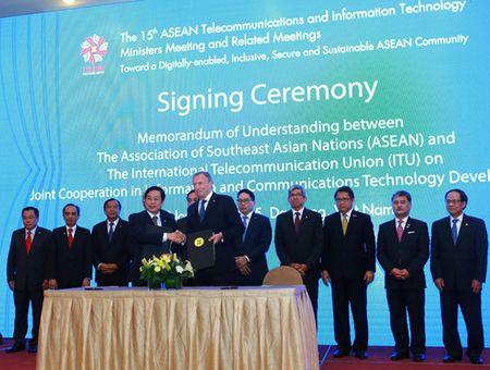 ASEAN va ITU ky ket hop tac ve ICT - Anh 1