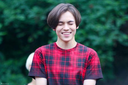 Idol xu Han cuoi het co van dep - Anh 11