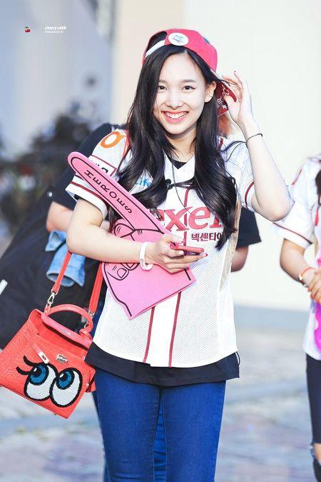 Idol xu Han cuoi het co van dep - Anh 15