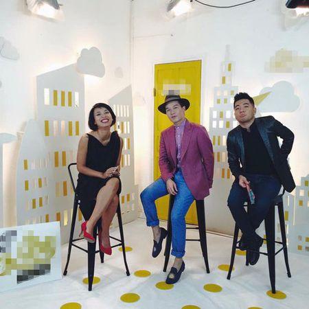"Vua bi dung, ekip ""Nhung ke lam loi"" tung ngay talkshow moi - Anh 1"