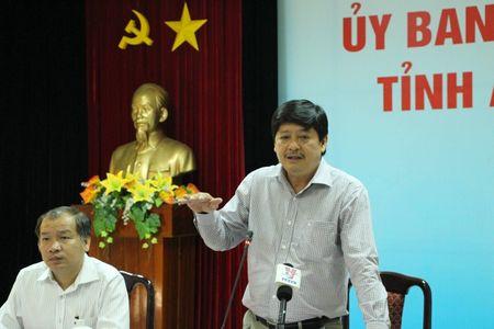"Che lanh dao tren Facebook: ""48 like"", hang chuc co quan xu ly sai - Anh 2"