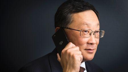 2015: Mot nam nhin lai thi truong smartphone the gioi (Phan 2) - Anh 7