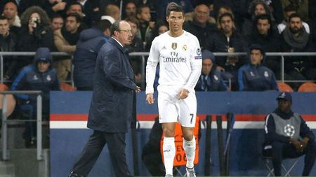 CAP NHAT tin toi 26/11: 'Benitez phai thich ung voi cau thu Real Madrid'. Chelsea nham Harry Kane. Djokovic, Nadal hen gap o Doha Open - Anh 1