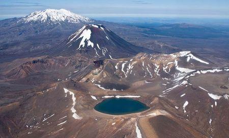 Kham pha ve huyen bi Tongariro- Vuon quoc gia dau tien cua New Zealand - Anh 2
