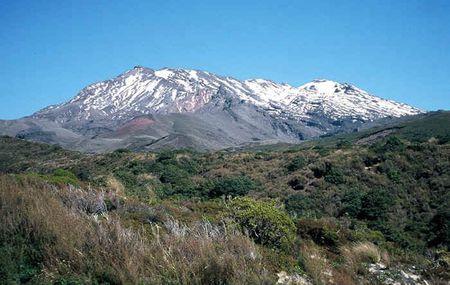Kham pha ve huyen bi Tongariro- Vuon quoc gia dau tien cua New Zealand - Anh 4