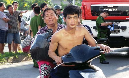 'Toi chi kip lay cuon so do roi lao ra ngoai' - Anh 2