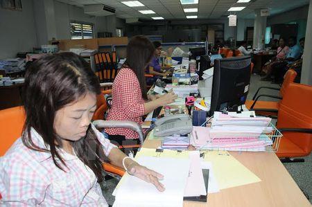 Dang ky, cap phep cho lao dong Viet Nam tren toan Thai Lan - Anh 5