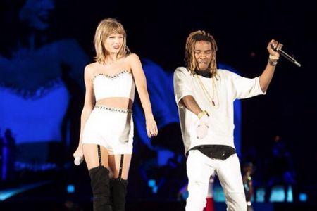 """Diem mat khach moi """"khung"""" trong tour dien cua Taylor Swift - Anh 16"""