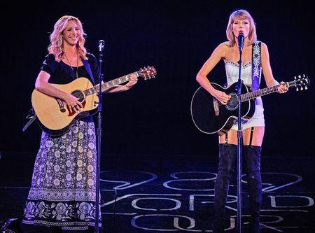 """Diem mat khach moi """"khung"""" trong tour dien cua Taylor Swift - Anh 2"""