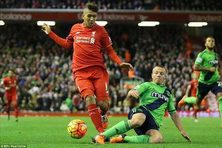 Liverpool se da doi hinh nao trong cuoc doi dau voi Southampton? - Anh 1