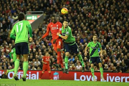 Liverpool se da doi hinh nao trong cuoc doi dau voi Southampton? - Anh 2