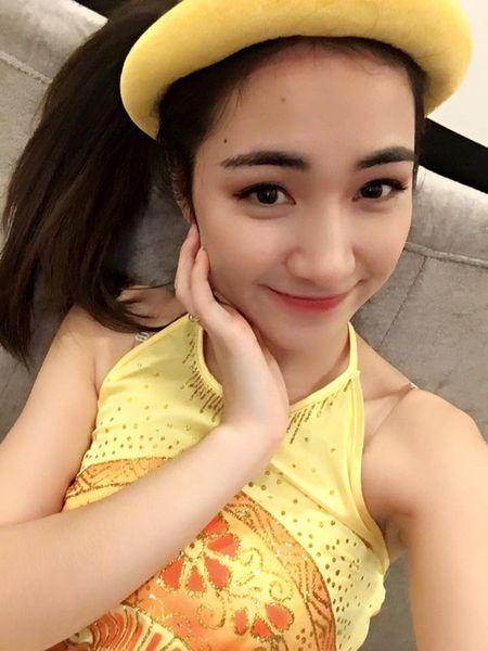 Hoa Minzy hoa Thi No giua lum xum chia tay Cong Phuong - Anh 1