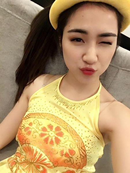 Hoa Minzy hoa Thi No giua lum xum chia tay Cong Phuong - Anh 2