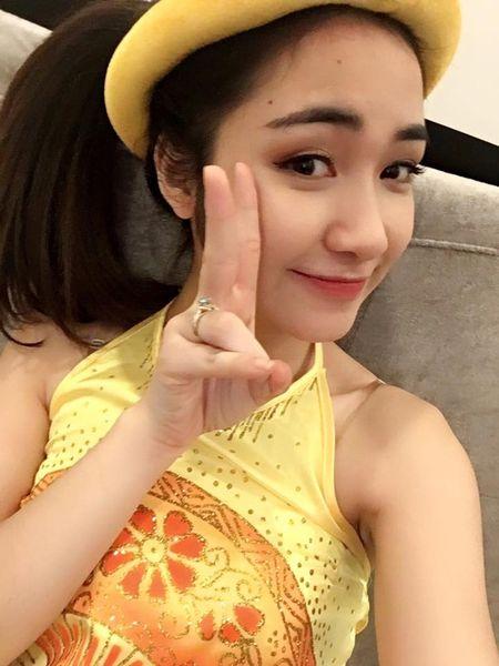 Hoa Minzy hoa Thi No giua lum xum chia tay Cong Phuong - Anh 3